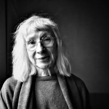 Suzanne Osten, gäst hos Kafferast i kunskapsfabriken. Foto: Mårten Jansson